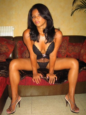Sylwi escort Germany